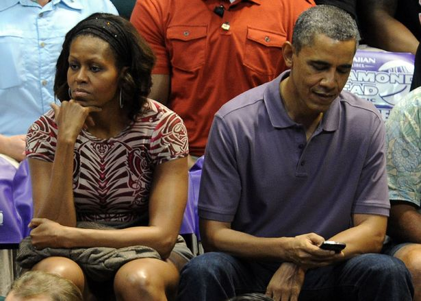 President Obama's IPhone was Barred From Making Calls,Taking Pictures Or Playing Music