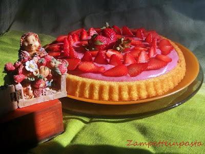 Crostata morbida con crema di fragole