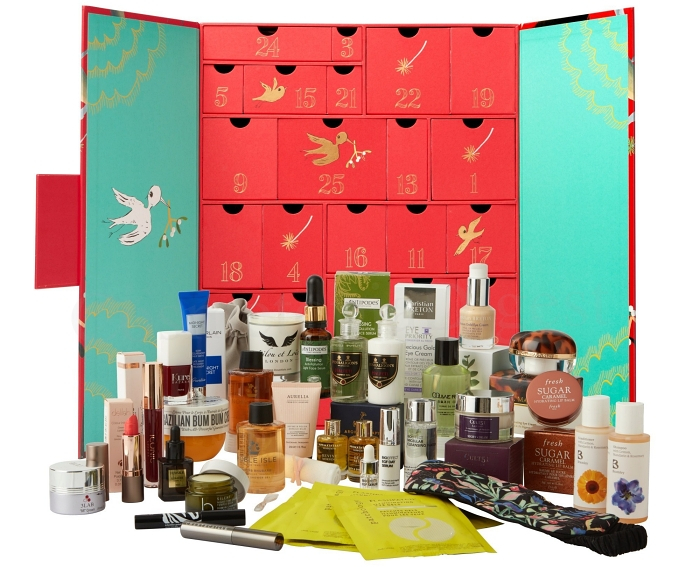 Here are the full spoilers and contents of the Fortnum & Mason Beauty Advent Calendar 2019, available worldwide for pre-order now.