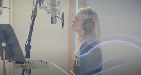 Carrie Underwood Announces Release Date For Gospel Album