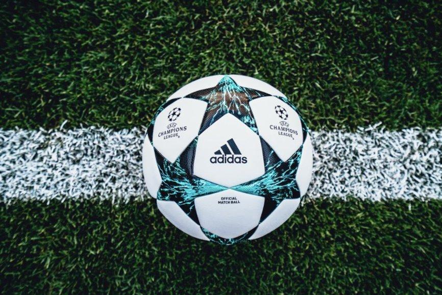 sorteggio champions league 2017 2018 pallone ufficiale