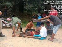 Dengan Sigab, Babinsa Koramil 17/DB Bantu Evakuasi Korban