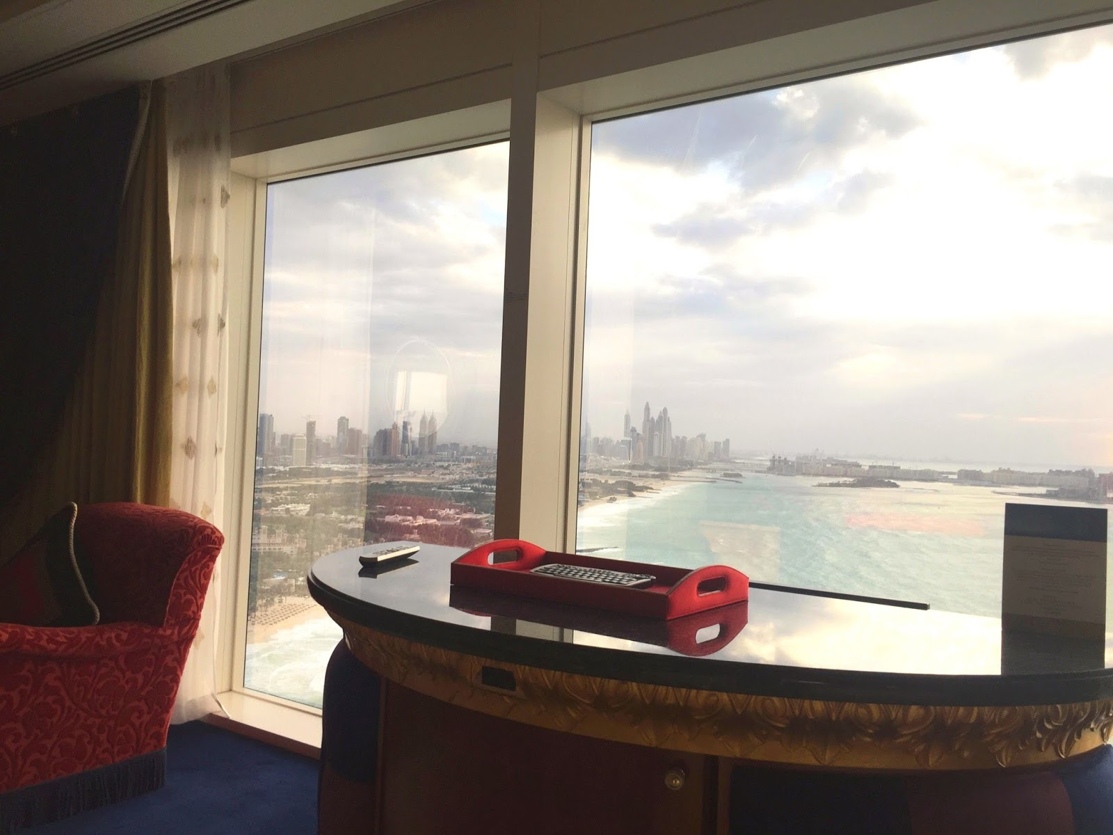 Burj Al Arab Sea View - Suite - Best Luxury Hotel in Dubai