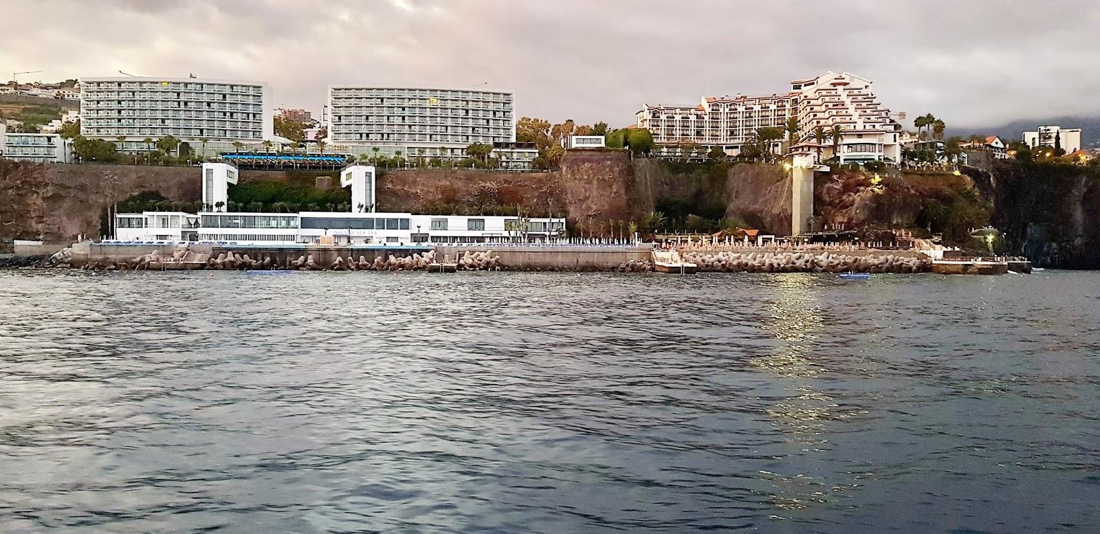os hotéis e o mar