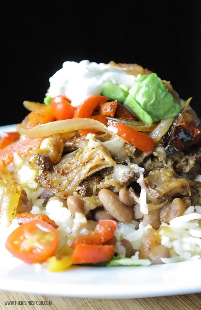 Slow Cooker Pulled Pork Burrito Bowl Recipe - makes a quick weeknight meal with leftover meats, veggies, beans & rice!