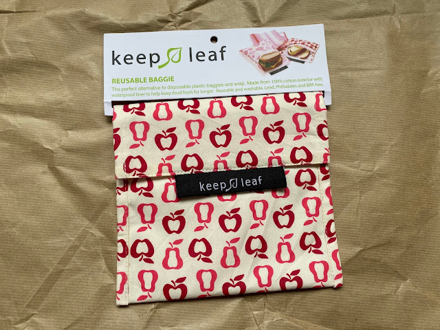 Keep Leaf reusable sandwich bag in an apple and pear print is great for lunches out