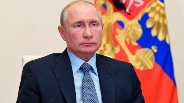 Putin deja abierta posibilidad de postularse de nuevo al cargo de presidente