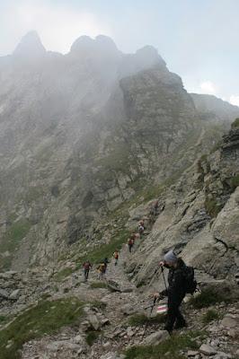 montañas-fagaras-trekking-los-carpatos-alpes-transilvanos-rumania-enlacima
