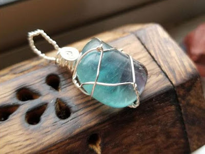 Fluorite pendant by metamorphic_forest