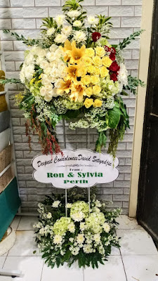 Papan Bunga Pernikahan Surabaya | Papan Bunga Duka Cita Surabaya | Papan Bunga Selamat Sukses Surabaya | Papan Bunga Happy Wedding Surabaya | Papan Bunga Congratulation Surabaya | Papan Bunga Duka Surabaya