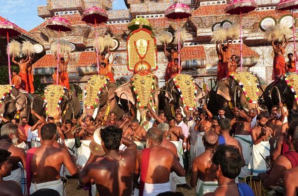 festival wadakanchery