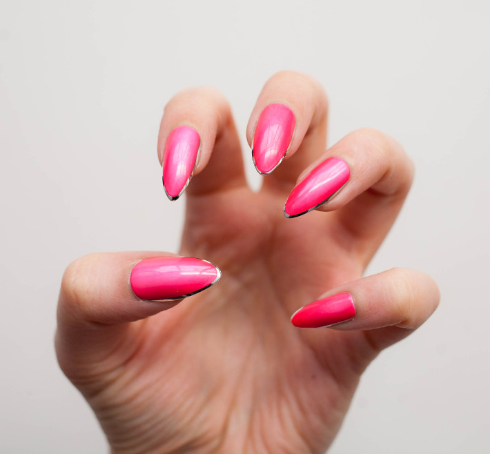 Elegant Touch Helter Skelter glue on nail review