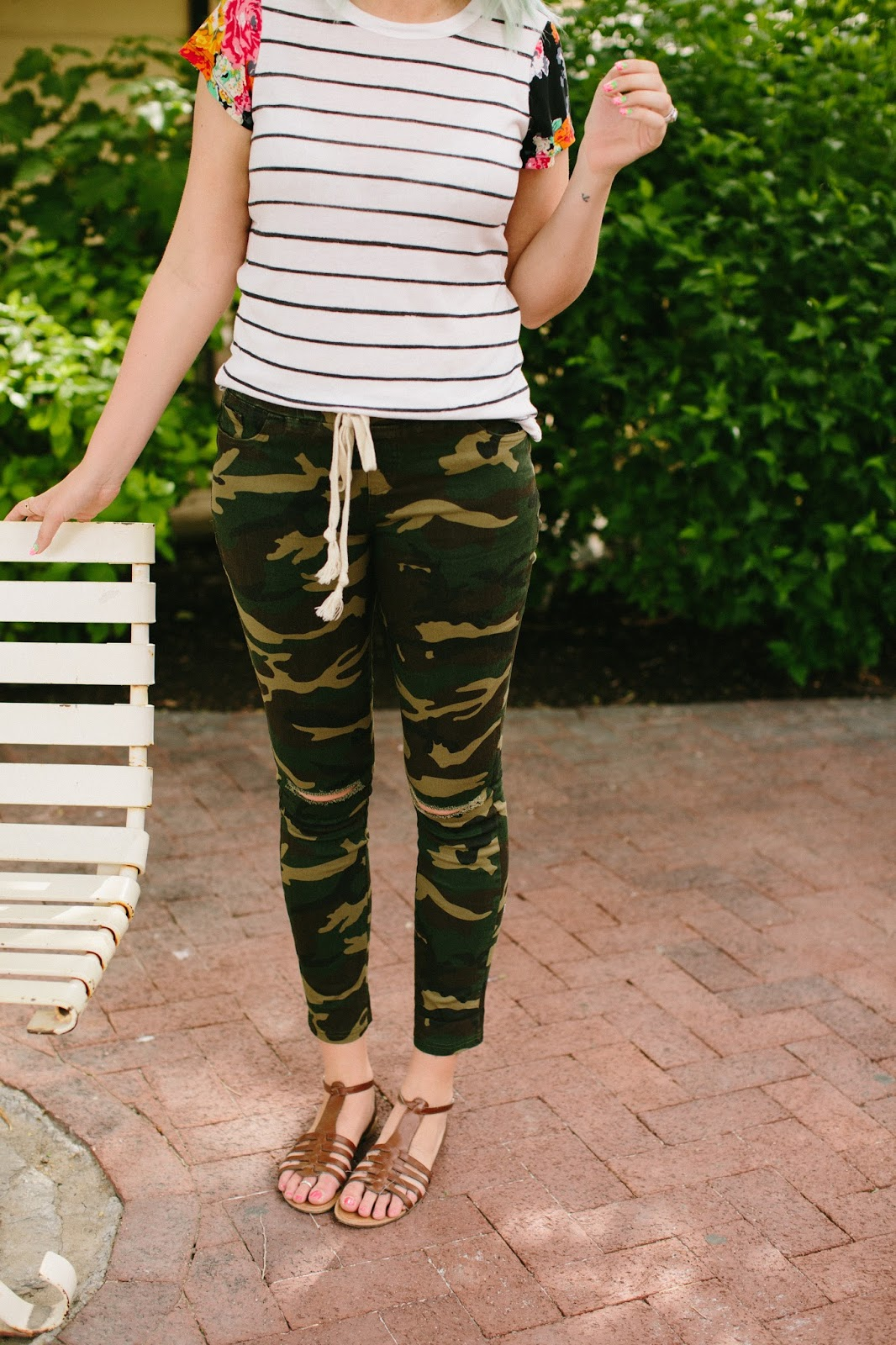 Camo Ripped Jeans, Drawstring Jeans, Casual Outfit