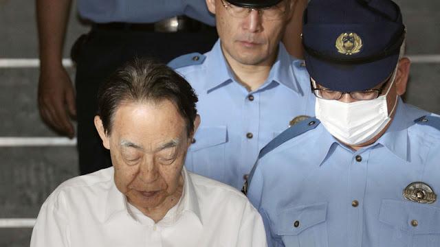 Un exembajador japonés mata a su hijo por temor a que emulara al atacante con cuchillos a una escuela