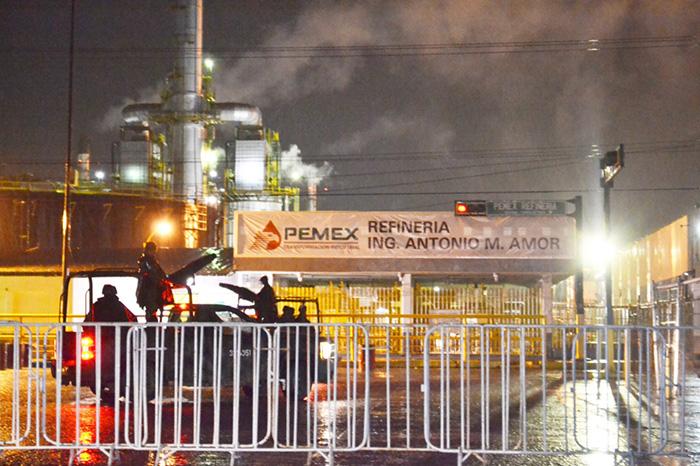 Por amenazas de El Marro, Fuerzas Federales blindan refinería de Salamanca