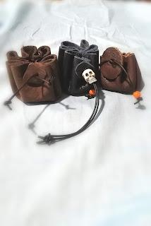 LoveLea's money pouches
