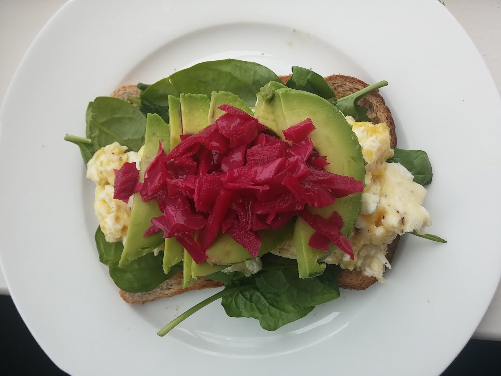 Scrambled Egg, Red Cabbage, Spinach, Avocado & Toast