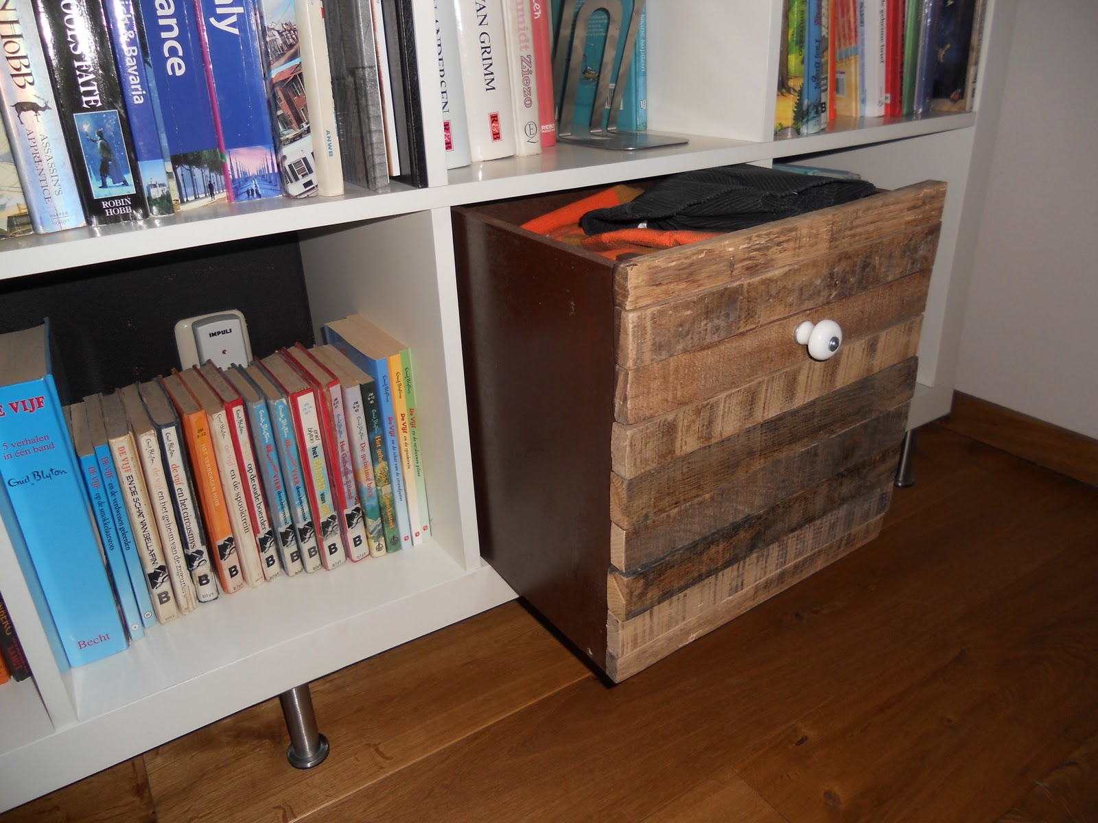 Old Wood Expedit Box Home Decoration Views