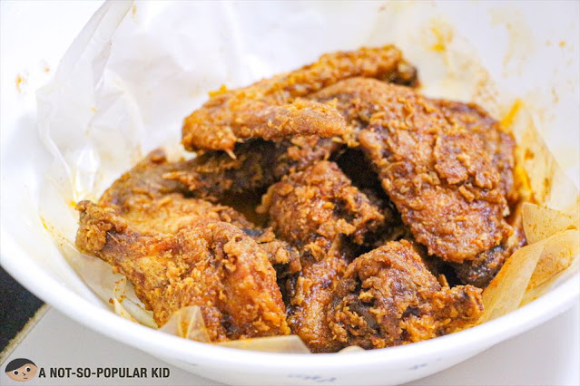 5pcs Buffalo Wings in Nashville Heat Sauce of Flaming Wings