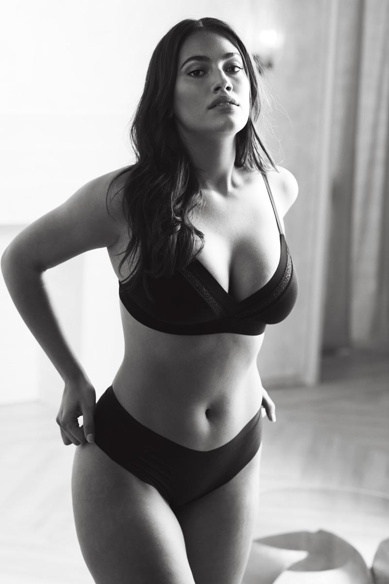 Lorena Duran poses for Victoria's Secret fall 2019 campaign