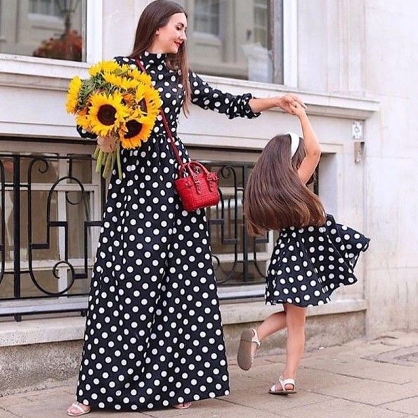 Summer Parent Child Mom and Daughter Clothes Polka Dot Prints Long Sleeve Matching Outfits Set Family Set Clothing Family Wear Matching Dress Family Dress.