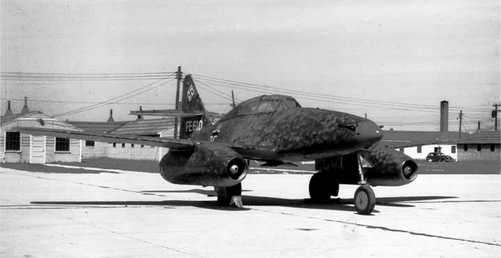 Me-262 Freeman Airfield 1946