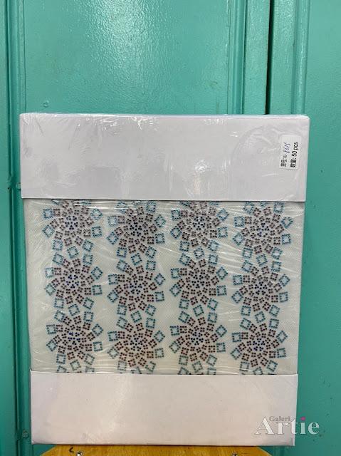Pelekat hotfix sticker rhinestone DMC aplikasi tudung bawal fabrik pakaian pattern kotak swirl biru/gray