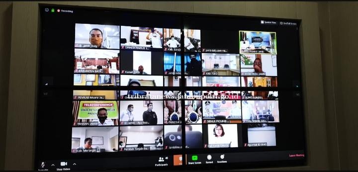 Kegiatan Rapat Tim Teknis TPID Se-Provinsi Jambi, Melalui Zoom Meeting Dilaksanakan Oleh Dirreskrimsus Polda Jambi