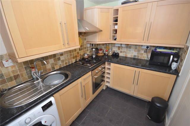 This Is Bradford Property - 2 bed terraced house for sale Tinkler Stile, Thackley, Bradford, West Yorkshire BD10