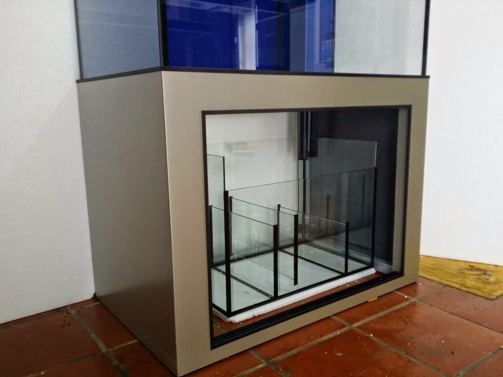 Suracuarios acuario con mueble for Mueble acuario