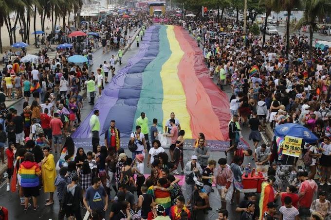 Parada LGBTI do Rio celebra 40 anos de atos no Brasil