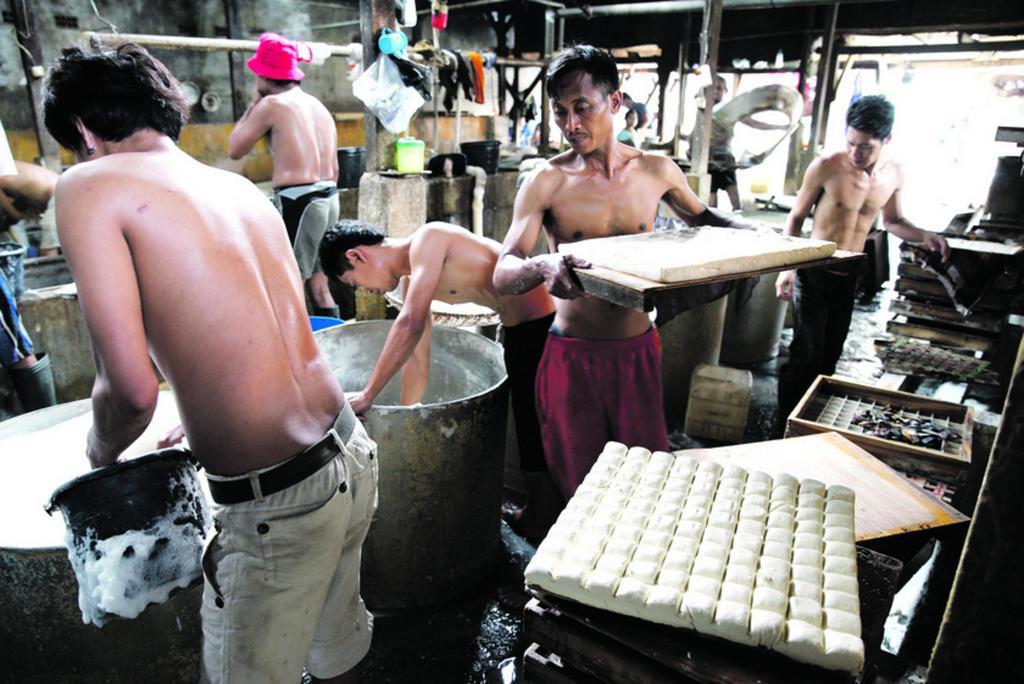 Empat Kejanggalan Gaji Penggangguran Tidak Akan Dilaksanakan