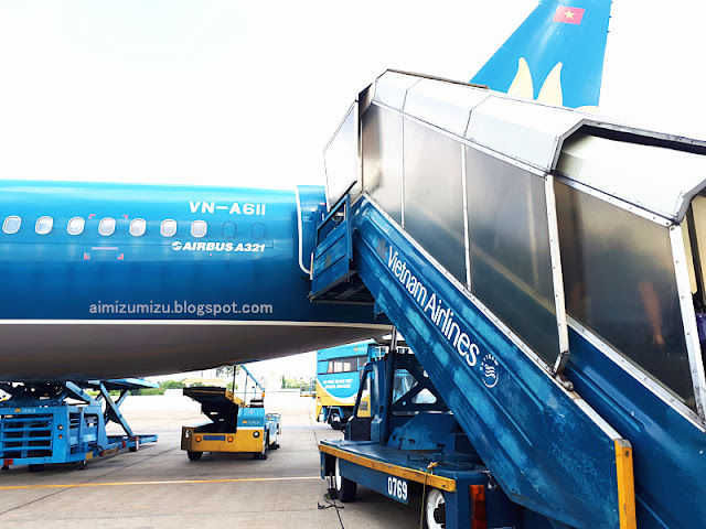 Review Vietnam Airlines