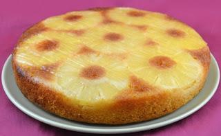 كعكة الأناناس اللذيذة
