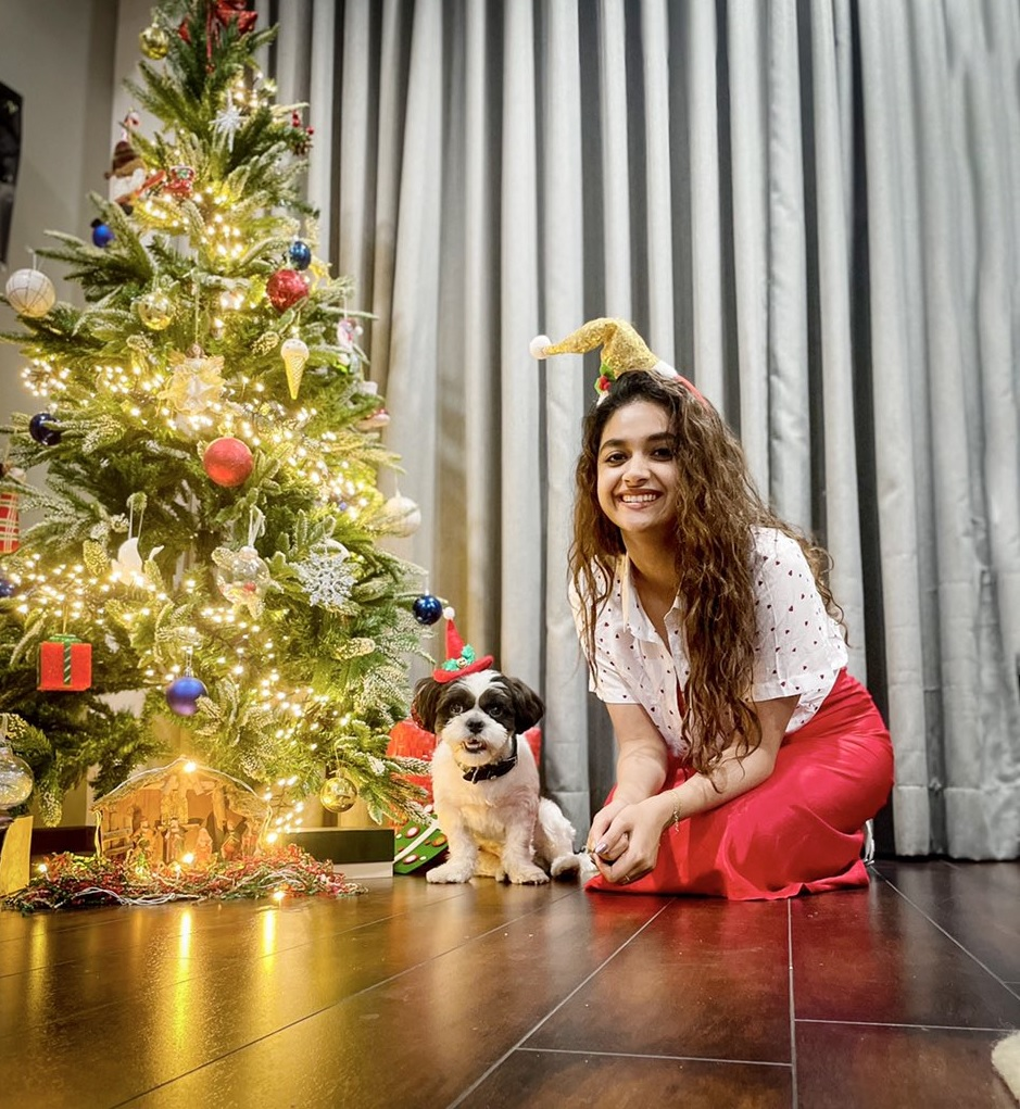 Keerthy Suresh Celebrating Merry Christmas with her Lovely Pet Dog Nyke 3