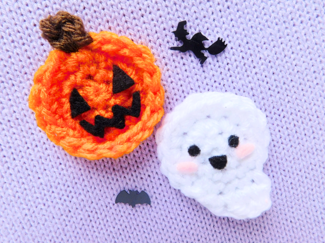 Ghost and Pumpkin Brooch Crochet Pattern