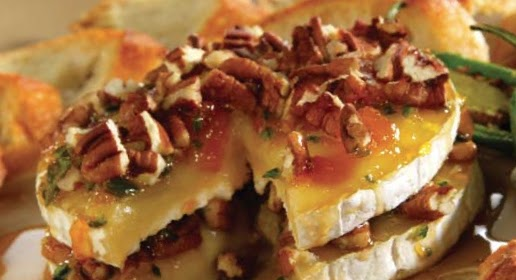Tangy Pepper-Pecan Brie