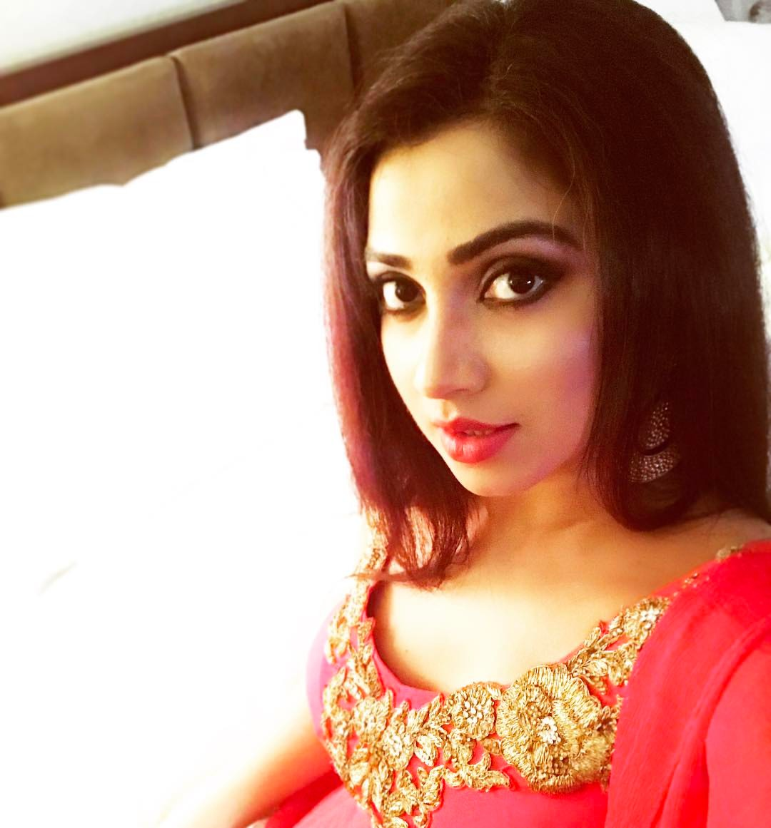 Shreya Ghoshal Has Cute Face With Pretty Voice  New Actress-3370