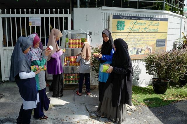 Pantri Komuniti #AyamWithU di Pertubuhan Kebajikan Kasih Nurul Hasanah
