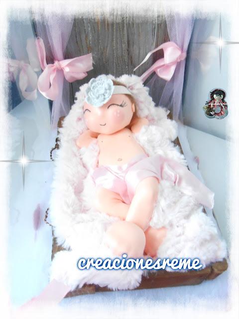 fofucha-creacionesreme-personalizadas-foami –fofuchas-alcala-cajita-fofucha-bebe