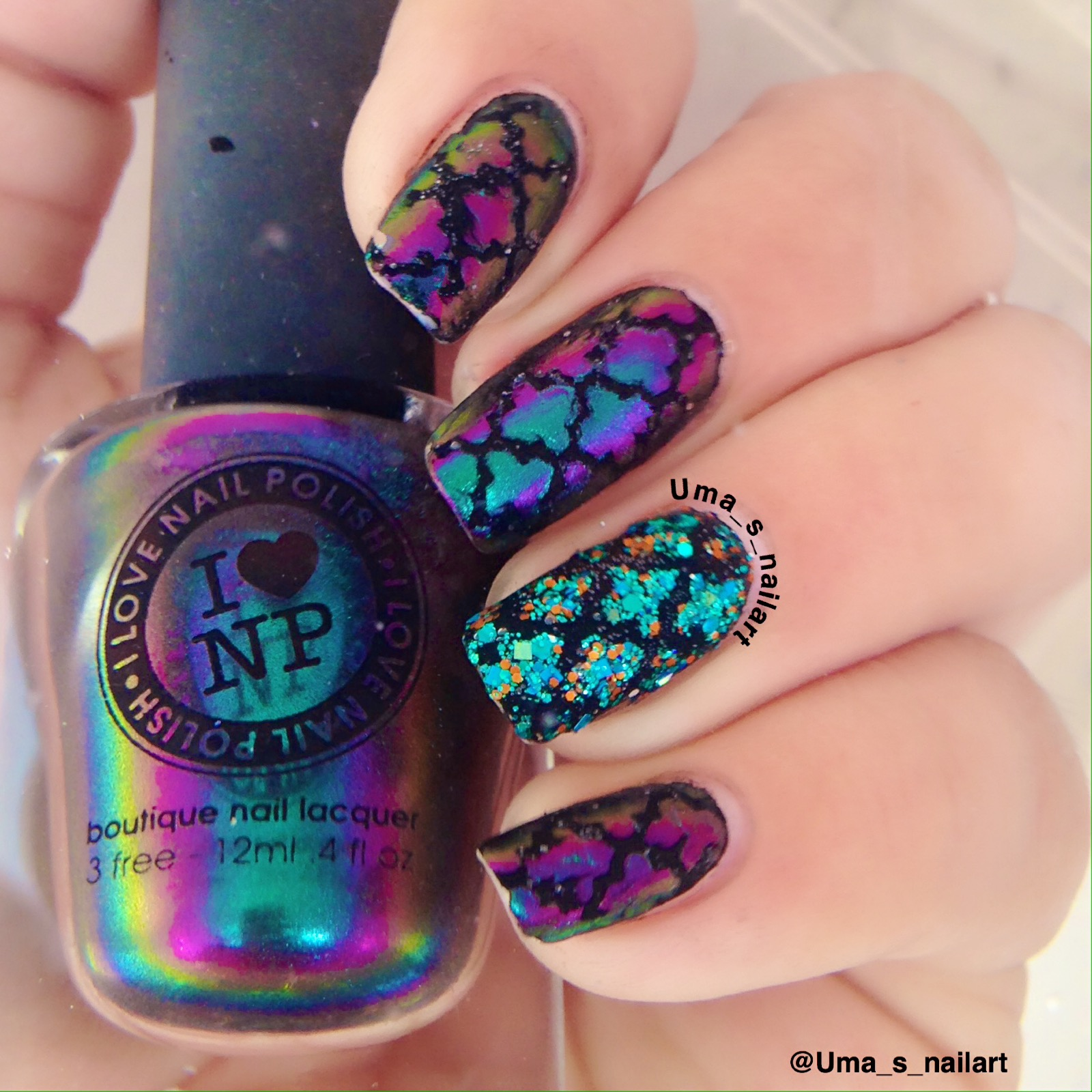Umas nail art hpb presents moroccan nail vinyl nail art it is an awesome color shifter which shifts from purple to teal and has a very powerful color shift even in natural sunlight for this nail art prinsesfo Gallery