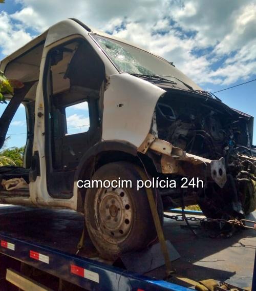 Polícia Militar recupera Van depenada em Bitupitá-Barroquinha/CE