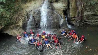 7 Wisata Alam Terbaik Di Pangandaran Santirah River Tubing