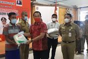 Bupati Karangasem Serahkan  Bantuan Beras Dari Kemensos RI dan Gubernur Bali