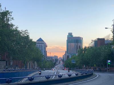 Los paseos de las ocho por Madrid en época del coronavirus