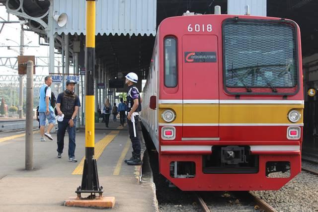 Cara Menuju Kampus Universitas Indonesia Dari Bekasi Dengan Commuter Line