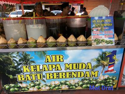Tempat Makan Sedap Best Melaka Coconut Shake Batu Berendam