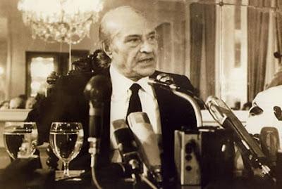 Ο Ελύτης τιμάται με το Νόμπελ Λογοτεχνίας το 1979