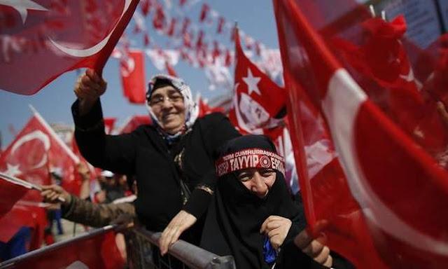 Πατριωτισμός και κρίση στην Τουρκία