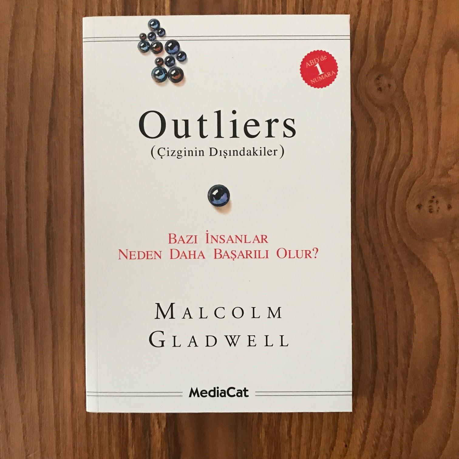 Outliers Cizginin Disindakiler